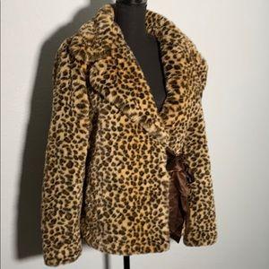 Faux fur animal print Nine West Coat Medium